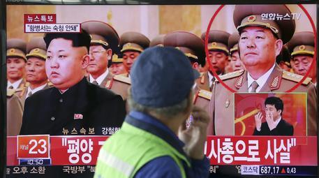 Corea del Nord, Kim Jong-un fa giustiziare il capo delle forze armate